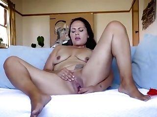 Nelly Is Masturbating